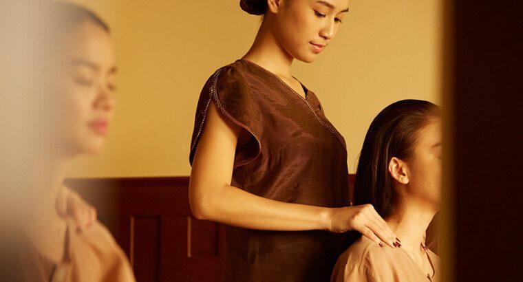 Shoulder-Back-Neck Massage with Herbal Balm