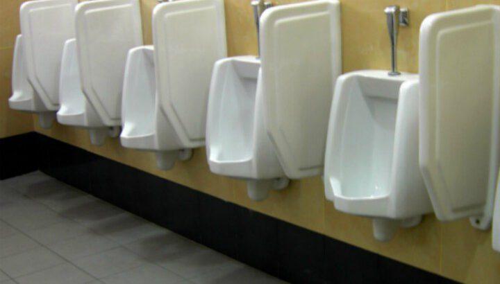 Urinal drain unblocking